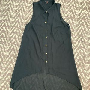 Short sleeved Black low and high Guess shirt